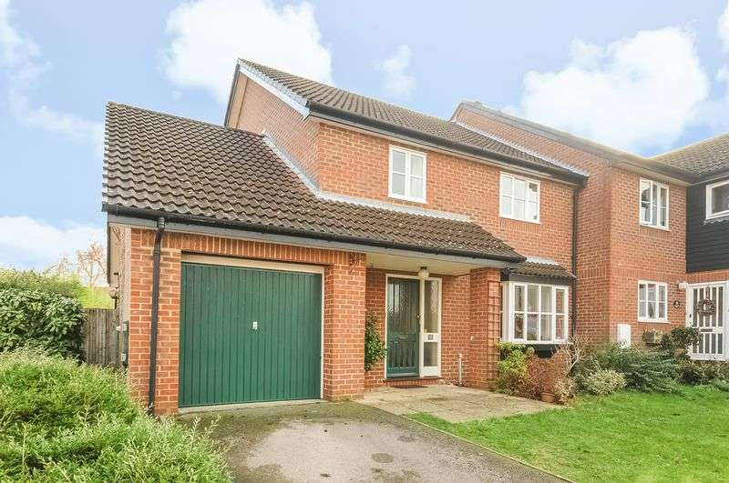 3 Bedrooms Semi Detached House for sale in The Murreys, Ashtead