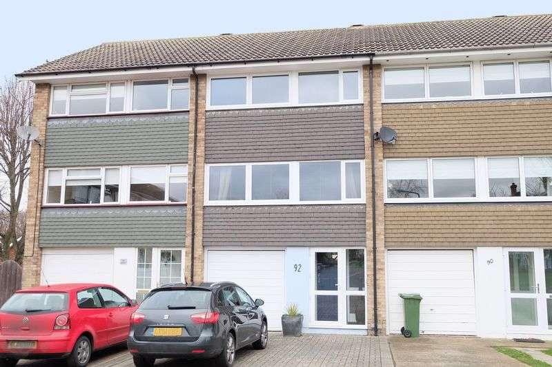 4 Bedrooms Terraced House for sale in Maiden Erlegh Avenue, Bexley
