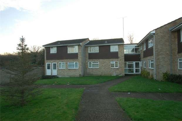 1 Bedroom Flat for sale in St Lawrence Way, Bricket Wood, St Albans, Hertfordshire