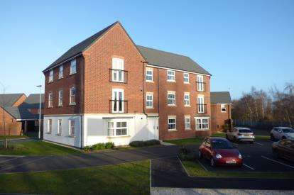 2 Bedrooms Flat for sale in Blue Lake Gardens, Chapelford Village, Warrington, Cheshire