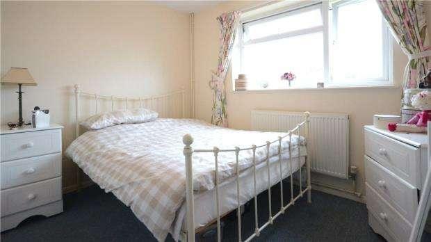 1 Bedroom Maisonette Flat