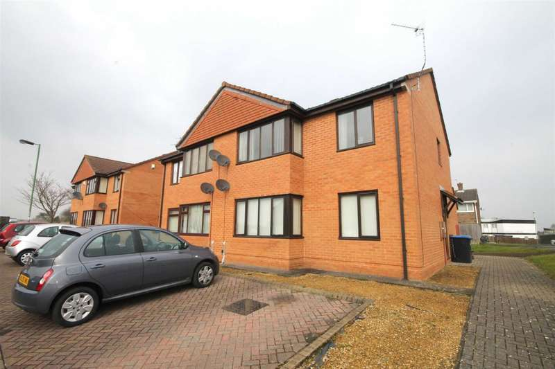 1 Bedroom Property for sale in Farnham Close, Newton Hall