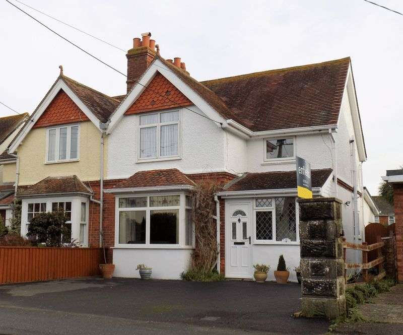 3 Bedrooms Semi Detached House for sale in Milford on Sea