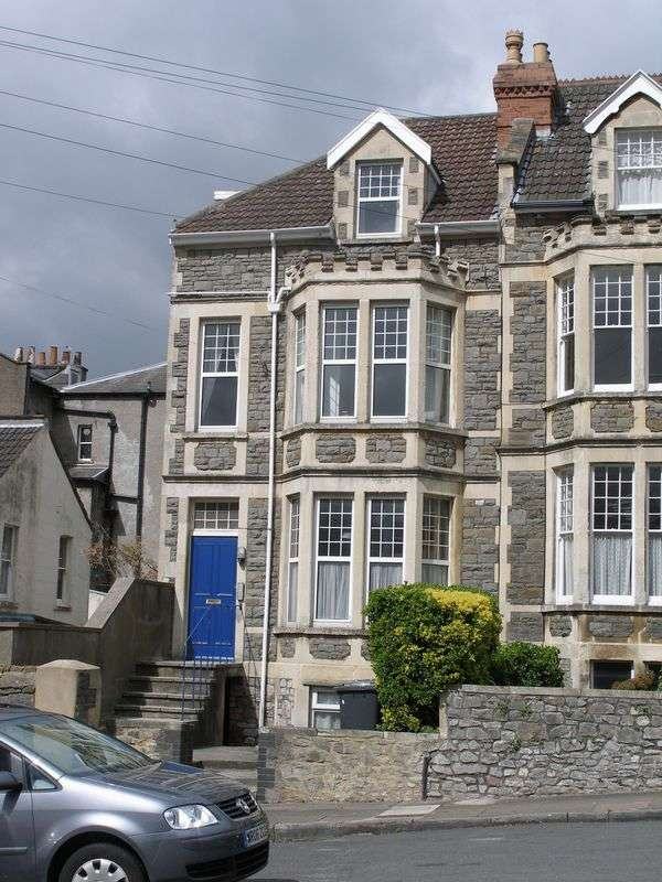 4 Bedrooms Flat for rent in Luccombe Hill, Redland, Bristol