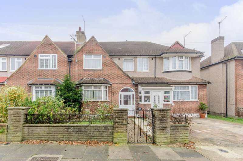 4 Bedrooms House for sale in Churston Drive, Morden Park, SM4