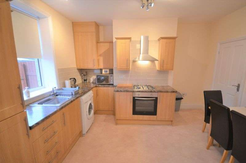 2 Bedrooms Terraced House for sale in 87 Flanshaw Lane, Wakefield, WF2 9JG