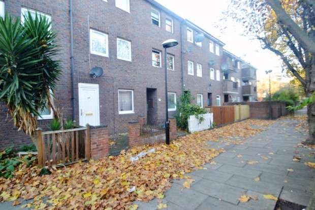 4 Bedrooms Terraced House for sale in Clifton Way, Peckham, SE15