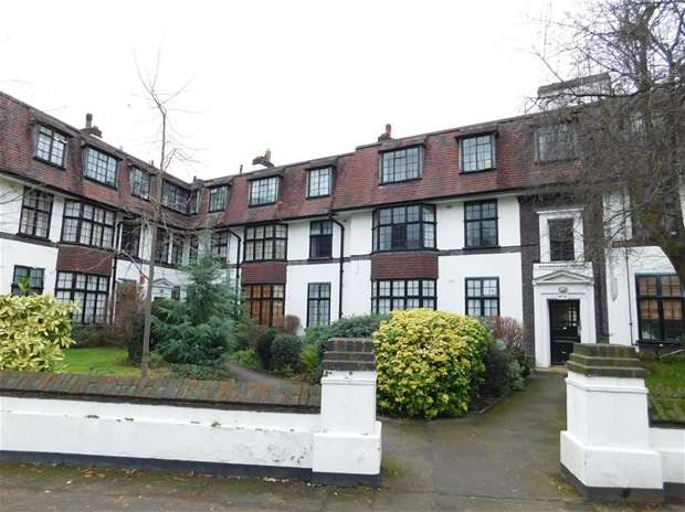 2 Bedrooms Flat for sale in Surbiton Crescent, Kingston Upon Thames