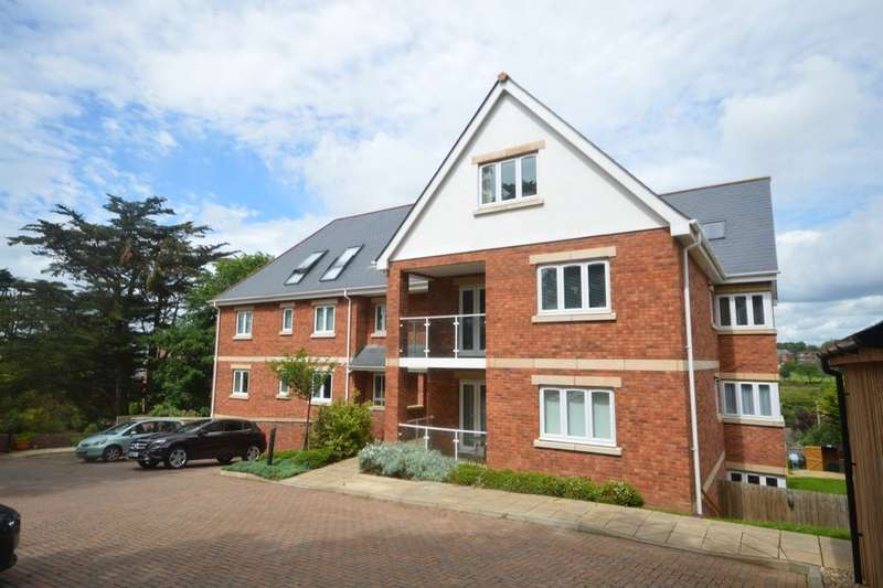 2 Bedrooms Flat for sale in Foxholes Hill, Exmouth, EX8