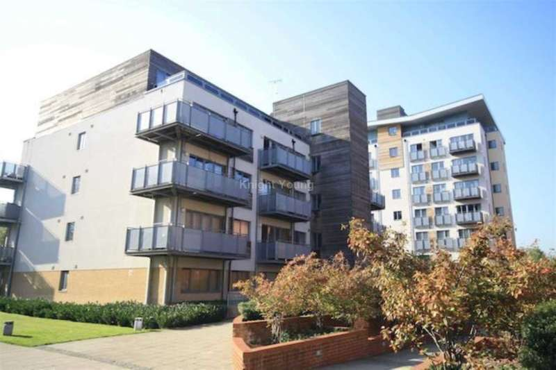 1 Bedroom Flat for sale in Lapis Close, West Twyford