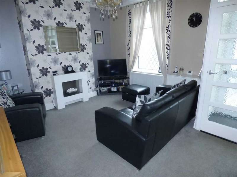 2 Bedrooms Property for sale in Pelham Street, Hathershaw, Oldham, OL8