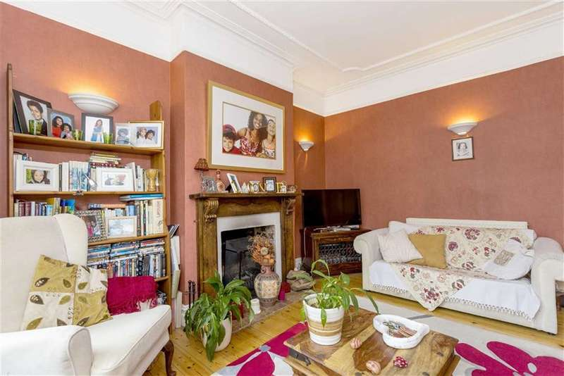 3 Bedrooms House for sale in Nimrod Road, Furzedown, London