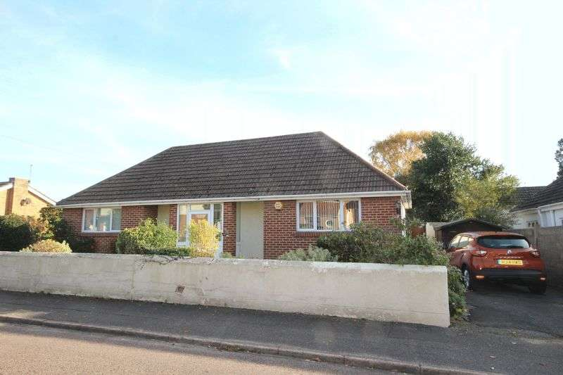2 Bedrooms Detached Bungalow for sale in Mayfield Road, Moordown, Bournemouth