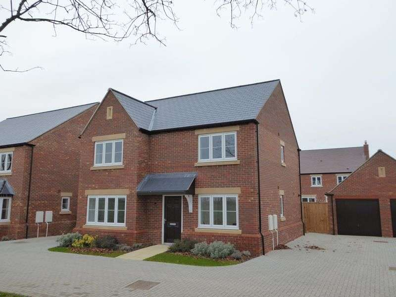 4 Bedrooms Detached House for sale in Goldman Drive, Upper Heyford