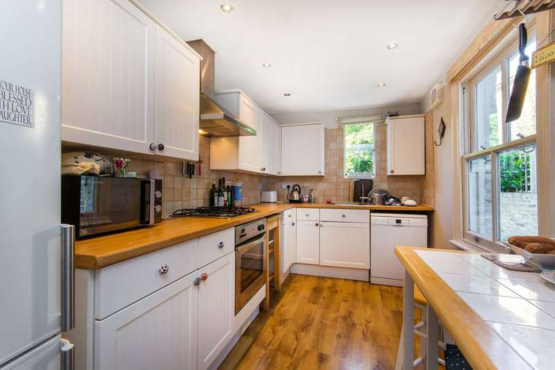 3 Bedrooms House for sale in Stanley Grove, Battersea, SW8