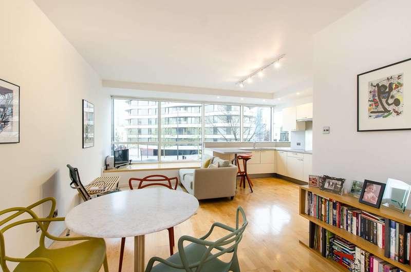 1 Bedroom Flat for sale in Grosvenor Road, Pimlico, SW1V