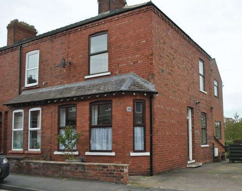 3 Bedrooms Terraced House for sale in Albemarle Road, York