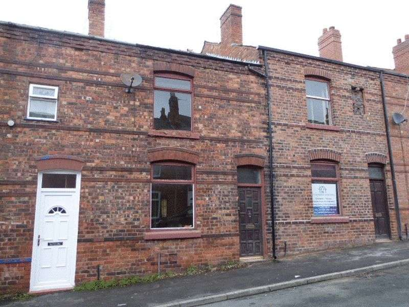 2 Bedrooms Terraced House for sale in Gilroy Street, Wigan