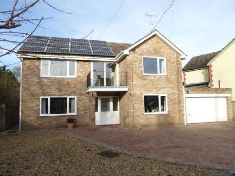 5 Bedrooms Detached House for sale in Watchfield