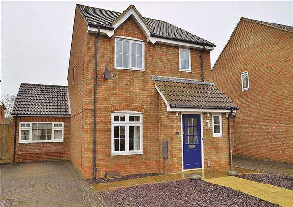 3 Bedrooms Detached House for sale in Property Details