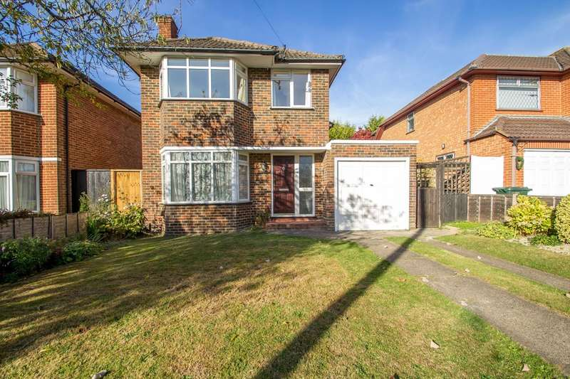 3 Bedrooms Detached House for sale in Mitchley Avenue, South Croydon, CR2 9HP