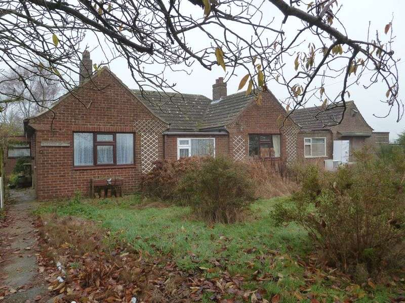 3 Bedrooms Detached Bungalow for sale in Langham Road, Mumby