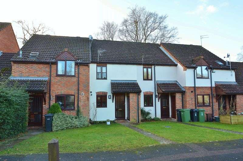 2 Bedrooms Terraced House for sale in Tyndale Place, Wheatley