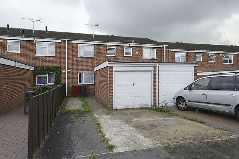 3 Bedrooms Terraced House for sale in Summerlea, Slough, Berkshire, SL1