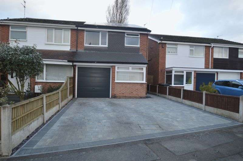 3 Bedrooms Semi Detached House for sale in Valeside Gardens, Nottingham