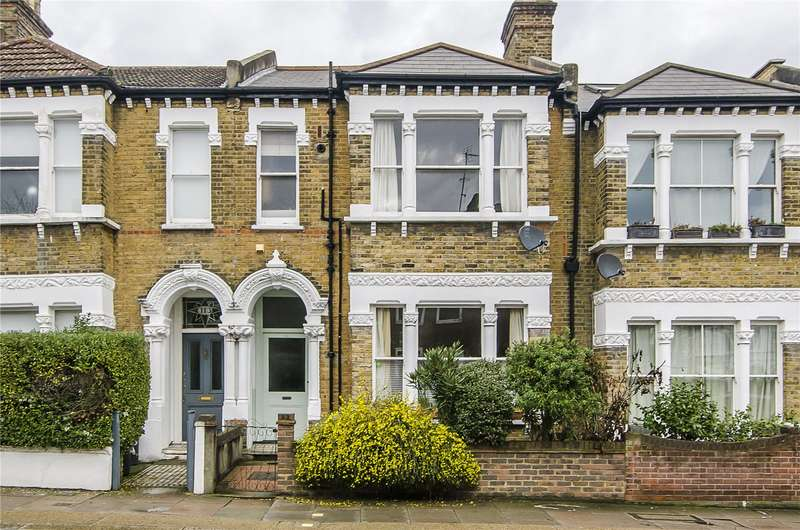 3 Bedrooms Flat for sale in Oakhill Road, London, SW15