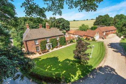 5 Bedrooms Detached House for sale in Church Lane, Benniworth, Market Rasen, Lincolnshire
