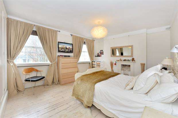 2 Bedrooms Maisonette Flat for sale in Park Walk, London, SW10