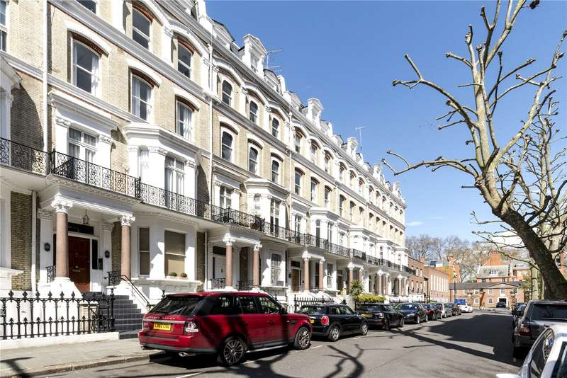 4 Bedrooms Flat for sale in Vicarage Gate, London, W8