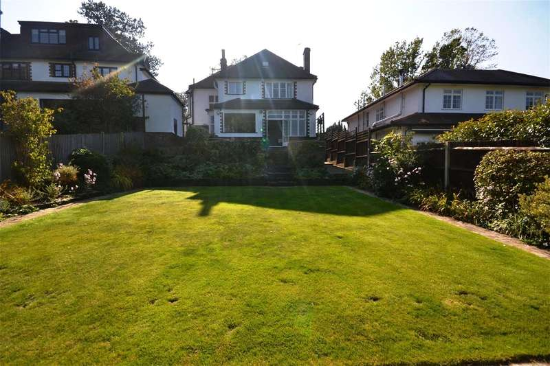 4 Bedrooms Detached House for sale in Marsh Lane, Mill Hill, London, NW7
