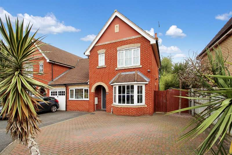 3 Bedrooms Semi Detached House for sale in Jeavons Lane, Grange Farm, Kesgrave, Ipswich