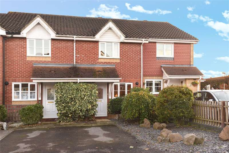 2 Bedrooms House for sale in Morse Close, Harefield, Middlesex, UB9