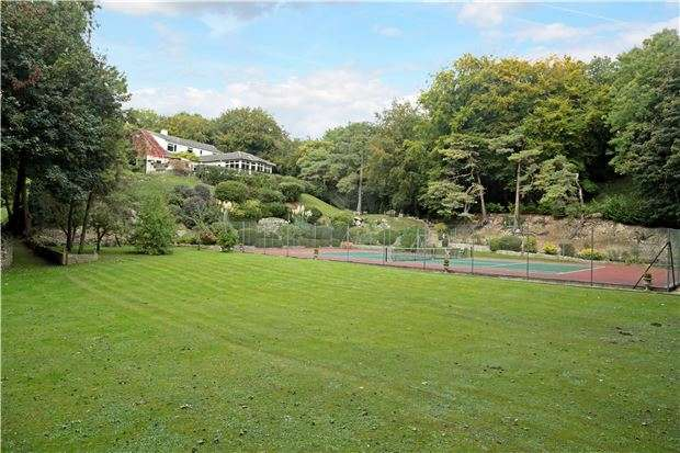 5 Bedrooms Detached House for sale in Box Hill, Box, WILTSHIRE