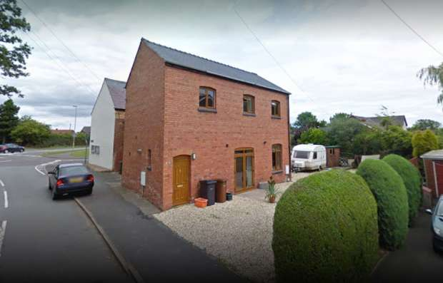 2 Bedrooms Detached House for sale in Green Lane, St Martins, Shropshire, SY11 3QE