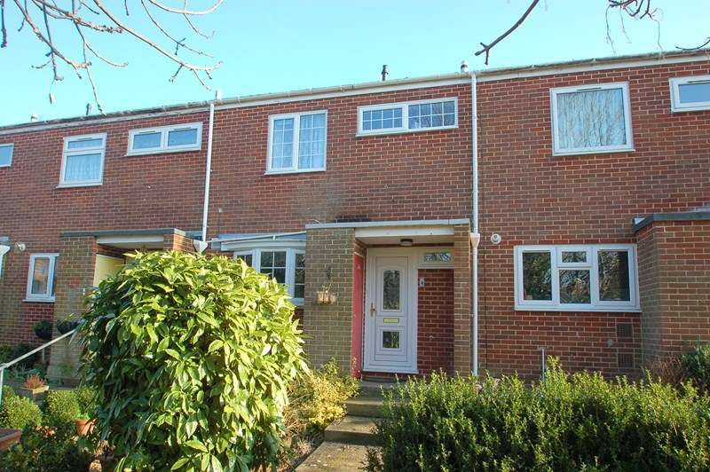 3 Bedrooms Terraced House for sale in Kennet Close, Alverstoke, Gosport