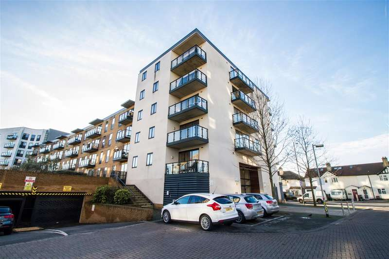 2 Bedrooms Apartment Flat for sale in Bassett House, 1 Durnsford Road, London