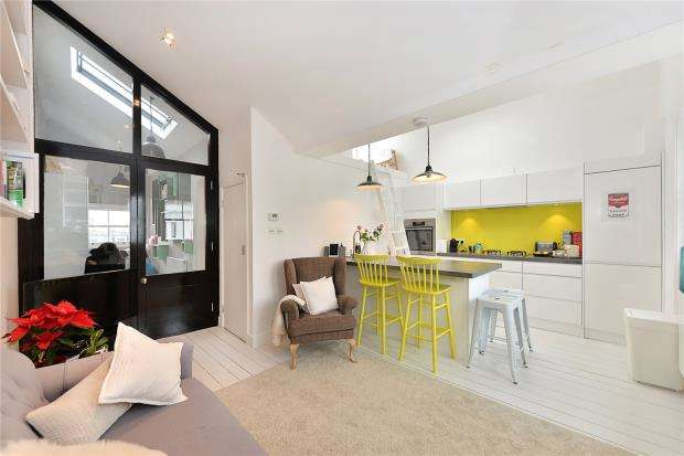 1 Bedroom Apartment Flat for sale in Hereford Road, London, W2
