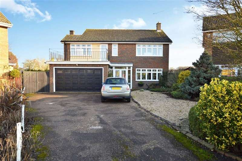 4 Bedrooms Detached House for sale in Blackhorse Lane, North Weald