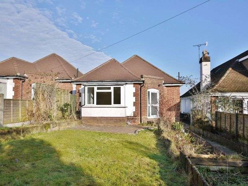 2 Bedrooms Detached Bungalow for sale in Hastings Road, Pembury