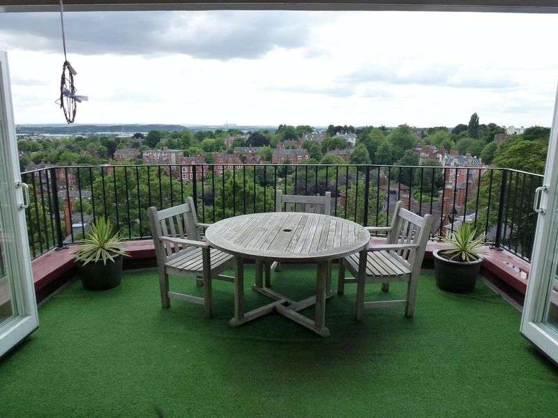 2 Bedrooms Flat for rent in Park Heights, The Ropewalk, Nottingham, NG1 5DT