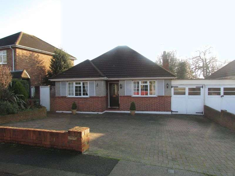 2 Bedrooms Detached Bungalow for sale in Broomfield Road, Bexleyheath