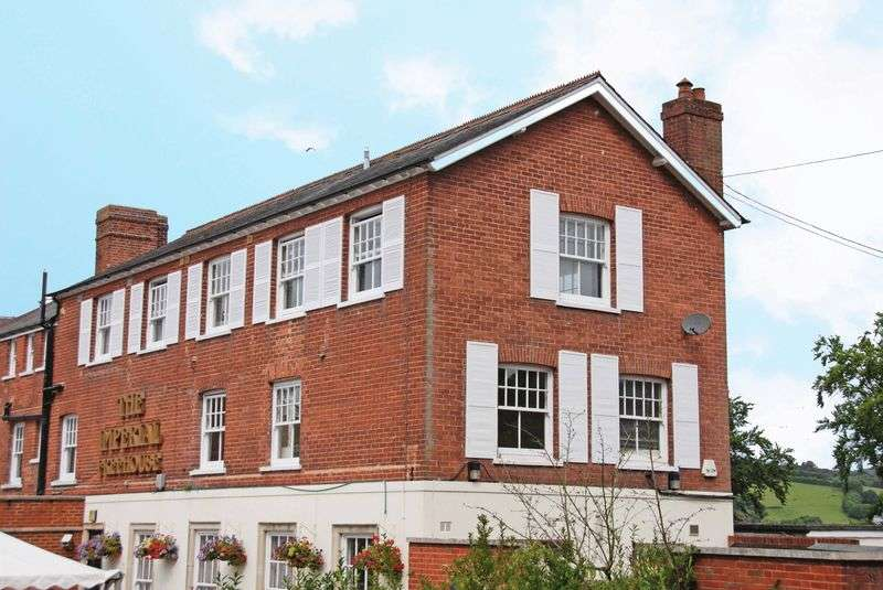 2 Bedrooms Flat for sale in EXETER