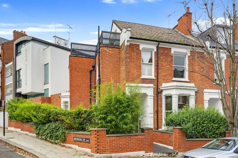 4 Bedrooms House for sale in Pilgrims Lane, Hampstead