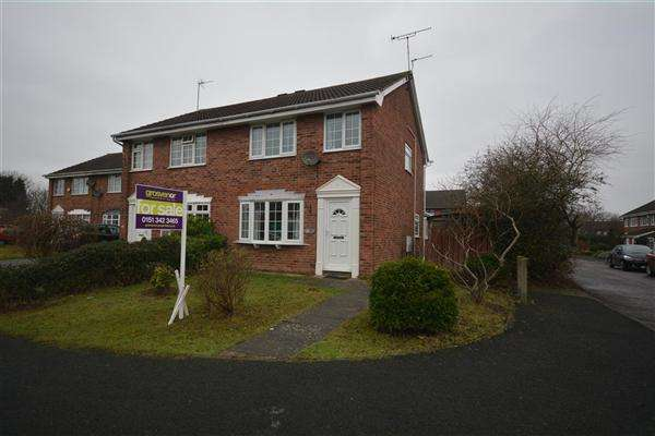 3 Bedrooms Semi Detached House for sale in Summertrees Avenue, Greasby