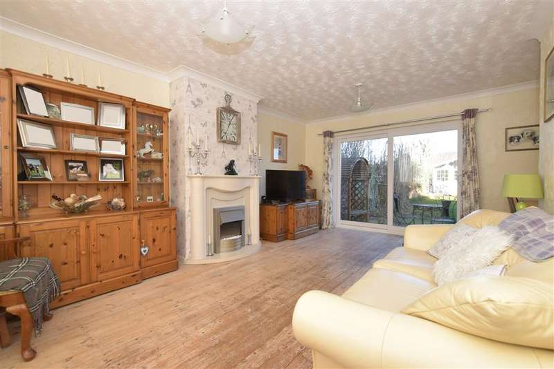 3 Bedrooms Semi Detached House for sale in Southdown View, Waterlooville, Hampshire