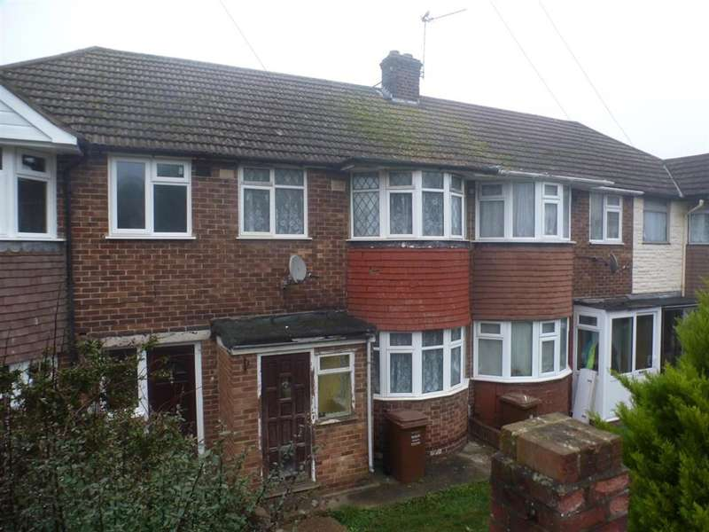 3 Bedrooms Terraced House for sale in Hawthorn Road, Strood, Rochester, Kent